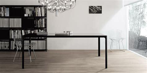 Black Dining Room flat tavolo in vetro e alluminio complemento arredo