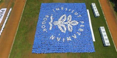 Photo Mozaik Bentuk bentuk 7 formasi mozaik unik mahasiswa ipb pecahkan rekor dunia merdeka