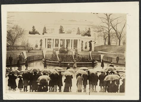 white house of music hours picketing the white house at wilson s second inauguration march 4 1917 library of