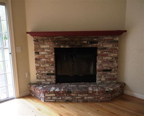 paint colors for living rooms with brick fireplace photos of brick fireplaces