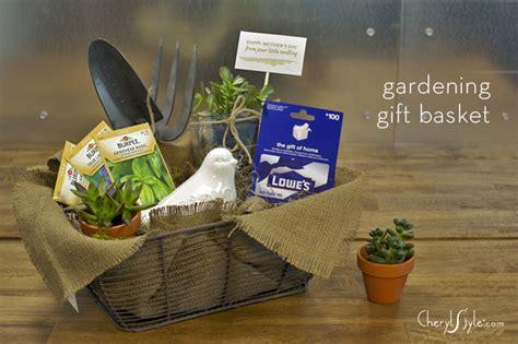 Garden Lovers Gift Basket Everyday Dishes Diy Gift Ideas For A Gardener