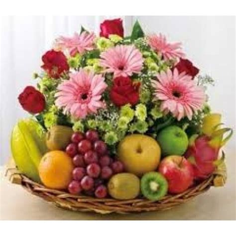 Gambar Floral Garden Custom 8 flowers and 3 kgs mix fruit basket myflowergift