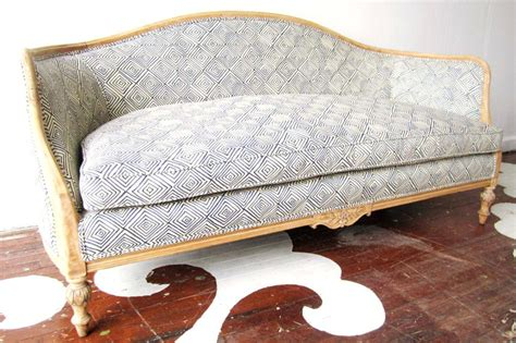 how to upholster a sofa how to upholster a sofa how to reupholster cer cushions