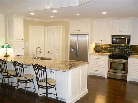 white or off white kitchen cabinets white or off white kitchen cabinets kitchen cabinet