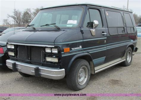 service manual 1993 gmc vandura 2500 control panel remove 1993 gmc vandura conversion van