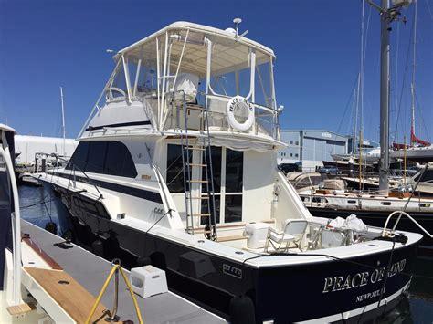 bertram  convertible power boat  sale wwwyachtworldcom