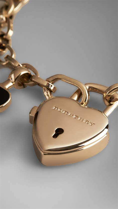Burberry Heart Charm Bracelet in Red   Lyst