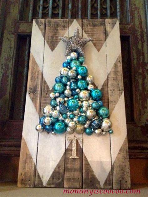 hometalk     chevron pallet ornament christmas