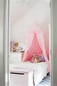 Childrens Bed Canopy 31 Charming Canopy Bed Ideas For A Kid S Room Kidsomania