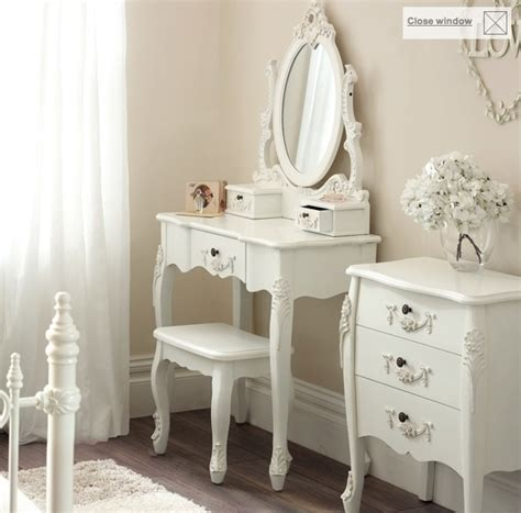 Toulouse White Bedroom Furniture Collection by 17 Best Images About M 246 Bel On Deko Lipstick