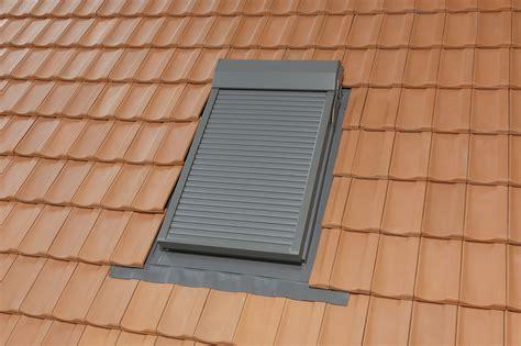 Velux Dachfenster Rolladen Elektrisch by Dachfenster Rollladen Elektrisch M Fernbedienung Zu Velux