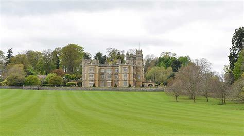 bucklebury manor pippa middleton s wedding location what to see in