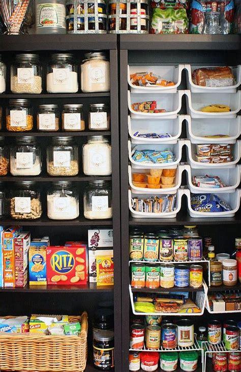 speisekammer sortieren organize with bookshelves kitchen haushalte