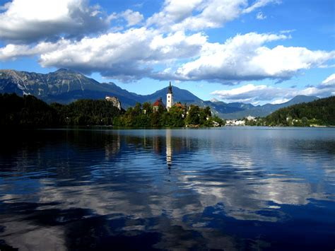 slovenia lake bled lake best place to visit in slovenia