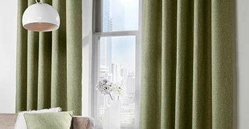 gordijnen ophangen roede ophangen van gordijnen rails of roede mrwoon raamdecoratie