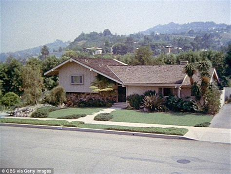 brady bunch house address two men break in and ransack southern california home made famous by the brady bunch