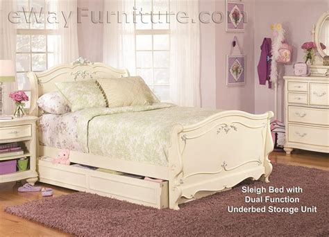 white vintage bedroom furniture sets vintage white sleigh bed children s bedroom set