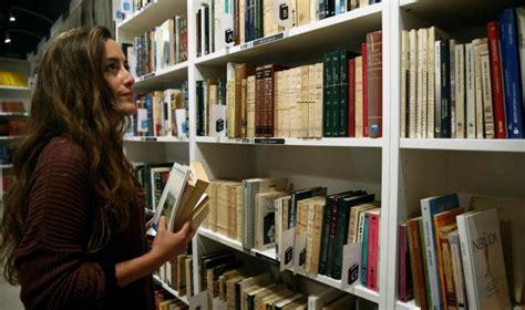 librerias de segunda mano sevilla las librer 237 as 171 low cost 187 se expanden tras renovar el