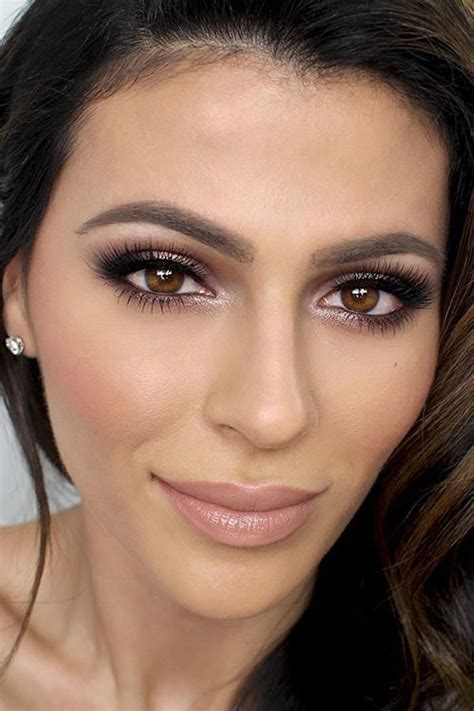 maquillage mari 233 e brune yeux marrons