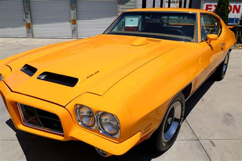 how to sell used cars 1972 pontiac gto head up display 1972 pontiac gto classic cars muscle cars for sale in knoxville tn