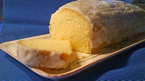 zitronen kuchen rezept zitronenkuchen mit zitronen aroma rezepte chefkoch de
