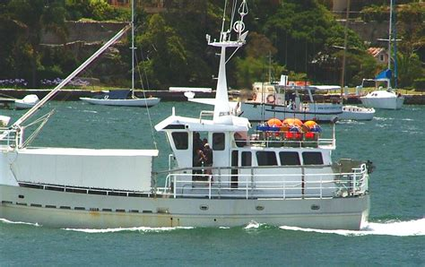 photo boats on sydney harbour 027 optus cfm christmas