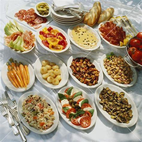 antipasti misti vorspeisen buffet italien stockfood