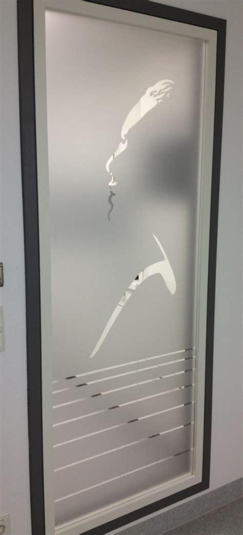 Fenster Sichtschutz Mit Logo by Glasdekorfolie Wenn Glas Nicht Mehr Durchsichtig Sein