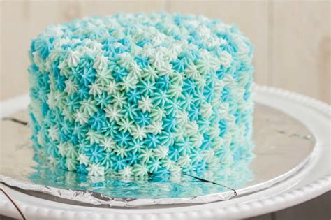 how to decorate a cake at home easy easy star tip cake decorating idea ocean theme the