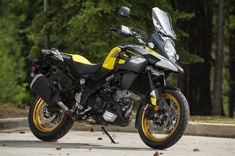 Suzuki V Strom 1000 2018 Suzuki V Strom 1000 And 1000xt Review 11 Fast Facts