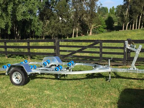 15 ft boat trailer boat trailer 15 to 17ft lucca trailers