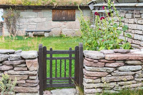 Photo De Jardin De Maison 2891 by Portillon En Bois De Jardin Cloture Bois Avec Portillon