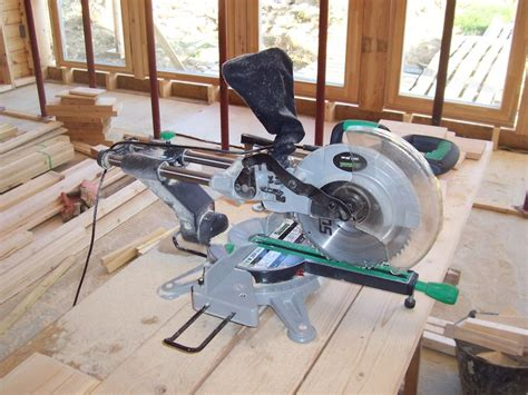 Scie A Onglet 149 by La Scie 224 Onglet Auto Construction D Une Maison En Bois