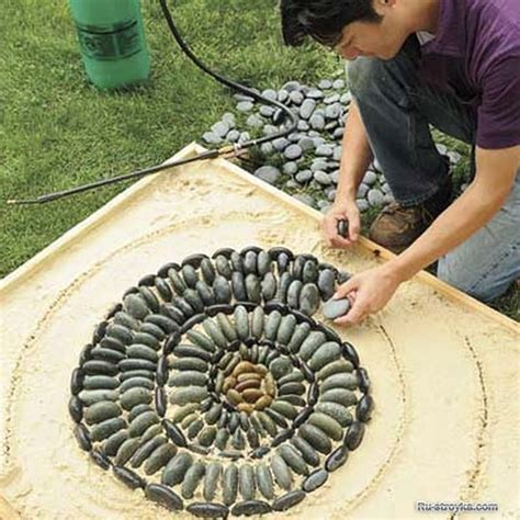 25 garden pathway pebble mosaic ideas for your home surroundings