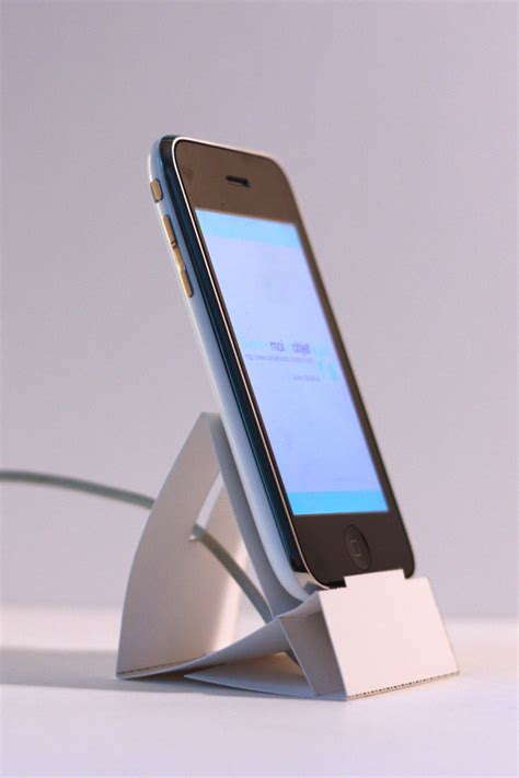 Origami Iphone Stand - minimal mac iphone paper stand