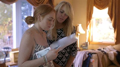 Lindsay Gets Rehab Visit From by Lindsay Lohan Shares Thoughts From Rehab