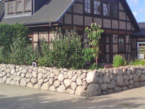 garten mauer gartenmauern gartenmauer rostock