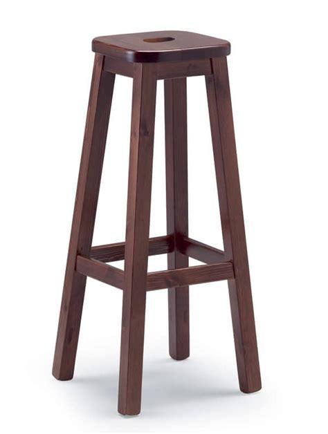 sgabelli rustici sgabello robusto in legno di pino per osterie e