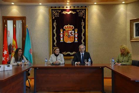 oficina de atenci n al ciudadano madrid atenci 243 n al ciudadano a21 peri 243 dico gratuito