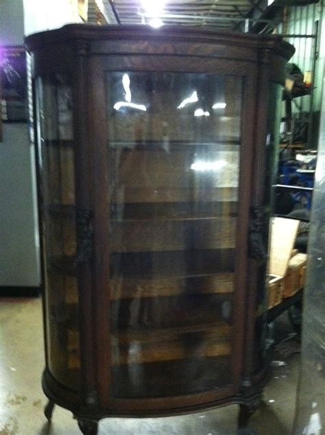 gettysburg furniture company china cabinet help in price on this ebert s bow front china cabinet my