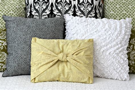 no sew cushion covers no sew pillow covers fold and tie for pillows