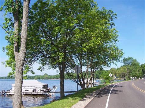 cadillac city michigan cadillac mi blvd running alongside lake cadillac
