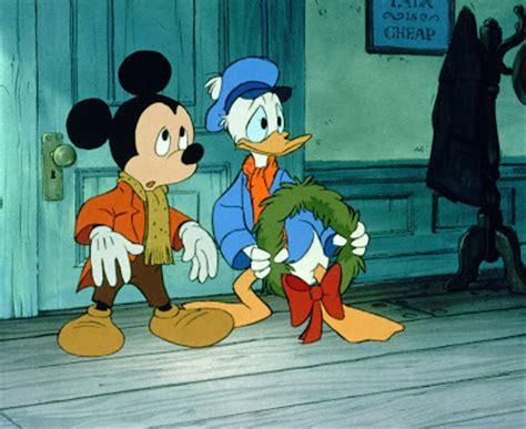 Mickey Mouse Carol - 3 garnets 2 sapphires review mickey s carol