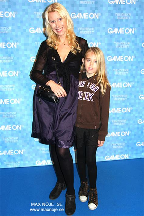 Bl Cacilia bilder i media www ceciliaekeblom se
