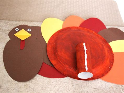 Turkey Paper Plate Craft - diy paper plate turkey