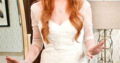 Lindsay Lohan Breaks by Lindsay Lohan On 2 Lilo Wears A Wedding Dress