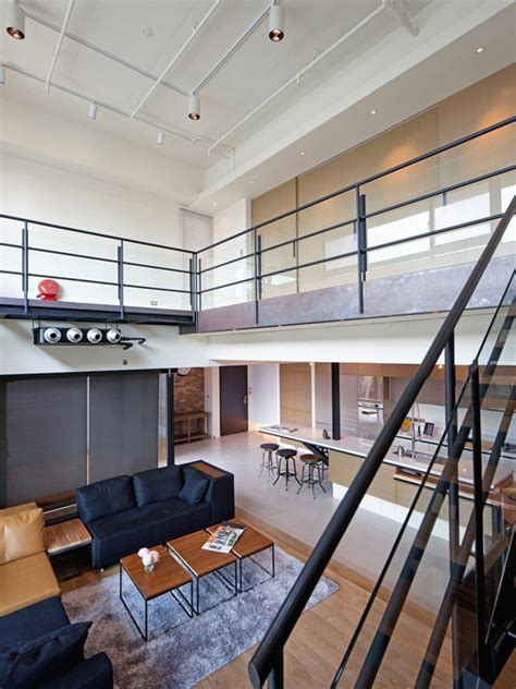 Two Story Penthouse Apartment In Two Story Penthouse In Taiwan Displaying