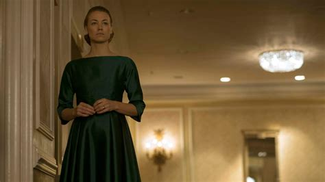 The Handmades Tale - the handmaid s tale episode 6 review a woman s place
