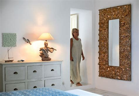 how to decorate bathroom mirror how to make a mirror frame this for all