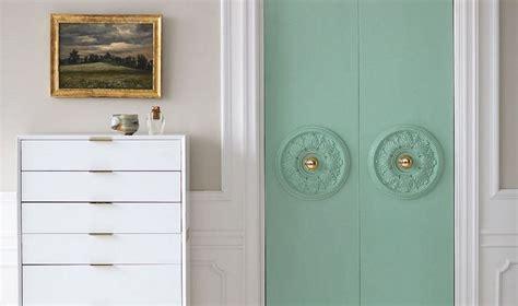 decorating closet doors diy easy ways to decorate closet doors photos and tips